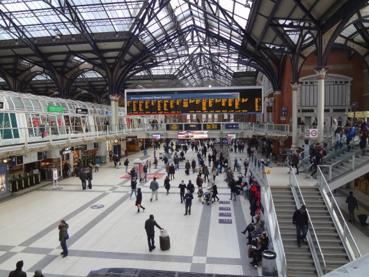 The Liverpool Street station.  This is Sunday morning, about the slowest time all week.  My hotel was very near here.